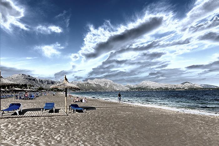 Imagen solarizada de Puerto Pollença