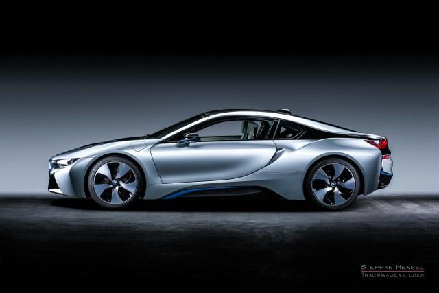 BMW i8, Seitenansicht im Studio, Automobilfotograf: Stephan Hensel, Hamburg