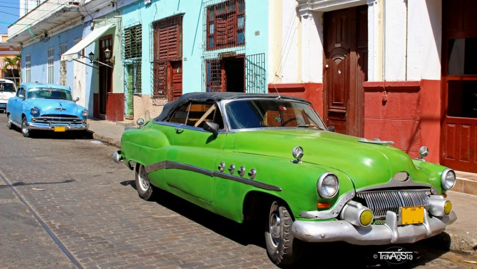 Zwei besonders schöne Oldtimer in Trinidad, Kuba