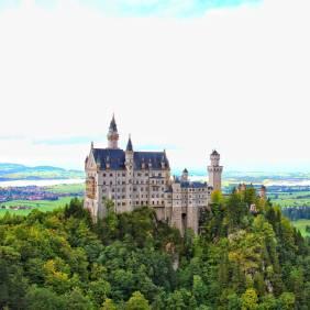 One of Bavaria's fairytale places-Neuschwanstein Castle! #germany #deutschland #bavaria #neuschwansteincastle #travel #wanderlust #travelblog #instagram #beautifuldestinations #tlpicks #destinoslindos #twintravel #tandctravel #huffpostgram #europe #travelzoo #travelawesome #howisummer #visitbavaria #visitgermany #germanytourism