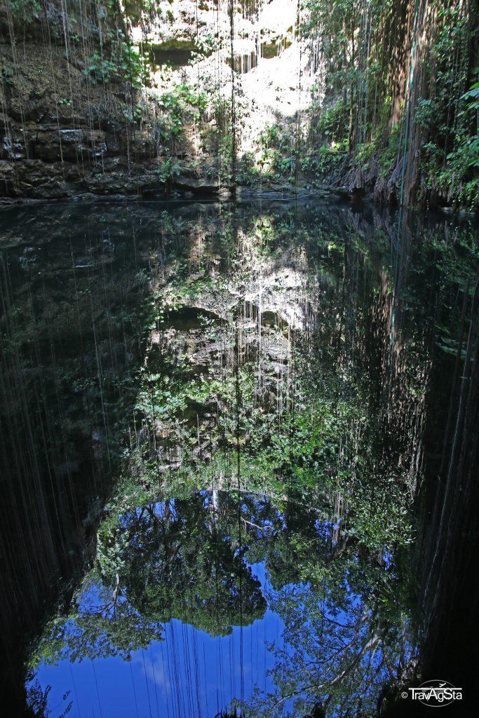 Cenote Ik kil, Yucatán, Mexico