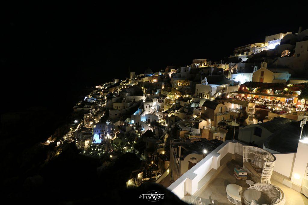 Oía, Santorini, Greece