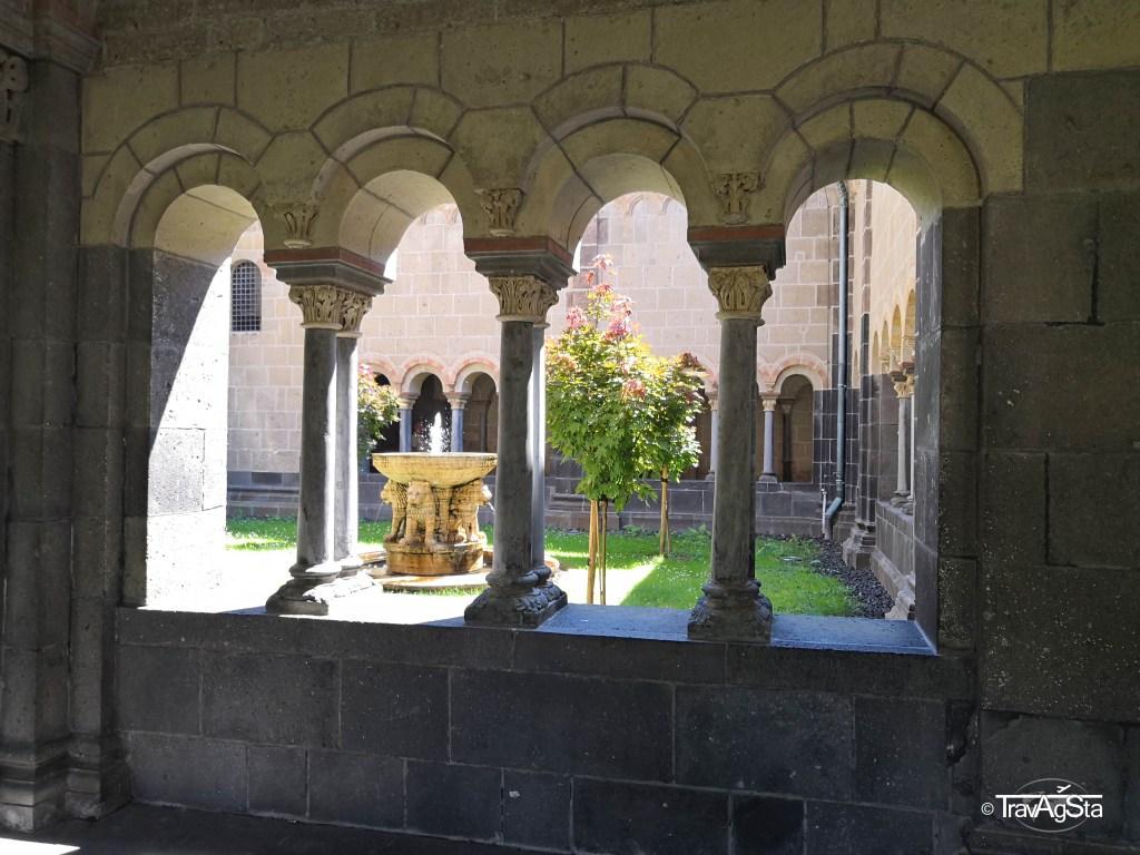 Abtei Maria Laach/ Maria Laach Abbey, Germany