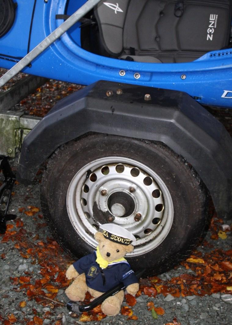 nhb-changing-wheel