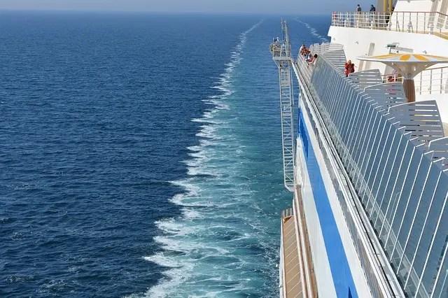 cheap cruise ship