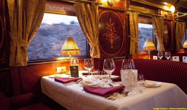 Luxury Trains In India : Palace on Wheels