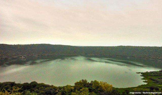 Trip Places In Maharashtra   Lonar Crater Lake