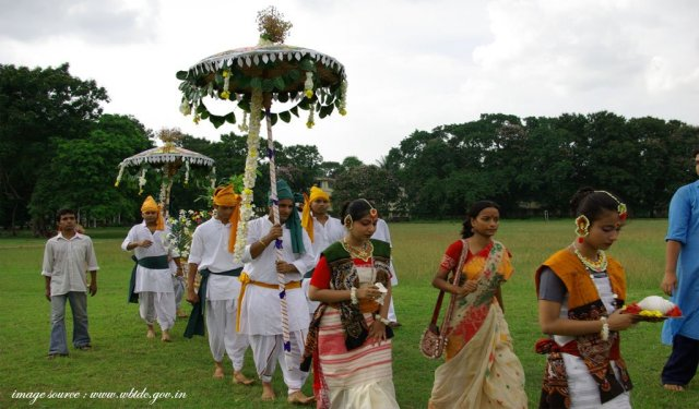 Shantiniketan : best places to visit in november in india