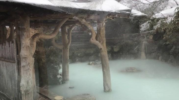 おすすめの温泉「乳頭温泉 鶴の湯」