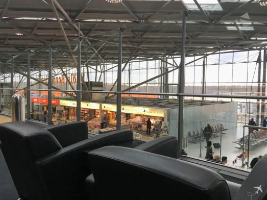 CGN Airport Lounge Ausblick