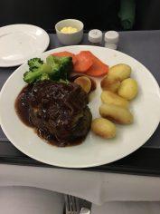 Das Strip Steak in Rotweinsauce mit Gemüse