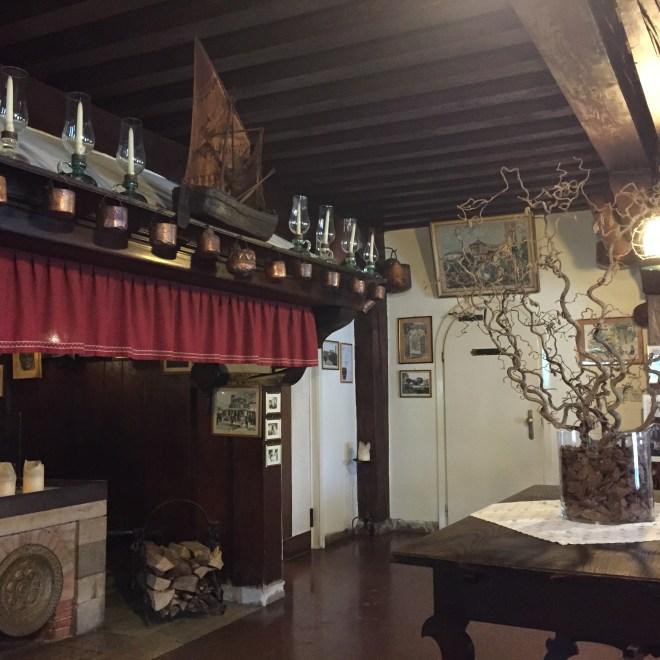 The entrance to Locanda Cipriani