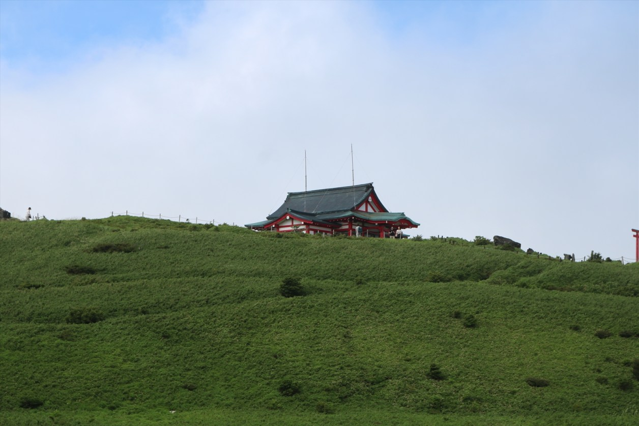 霧が晴れた箱根元宮