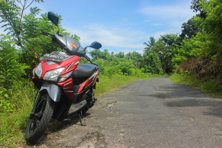 A Beginner's Guide to Renting a Scooter in Southeast Asia