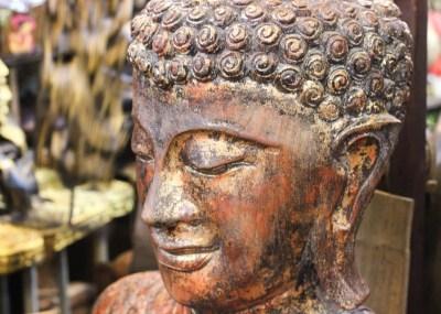 Chatuchak Market-statue