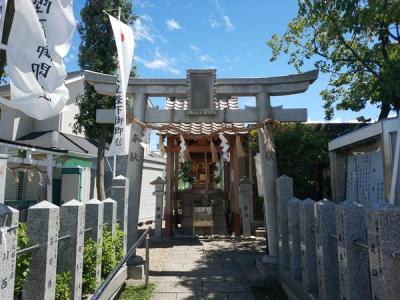 羽曳が丘神社の鳥居