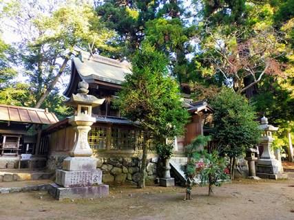 蟹井神社の本殿02