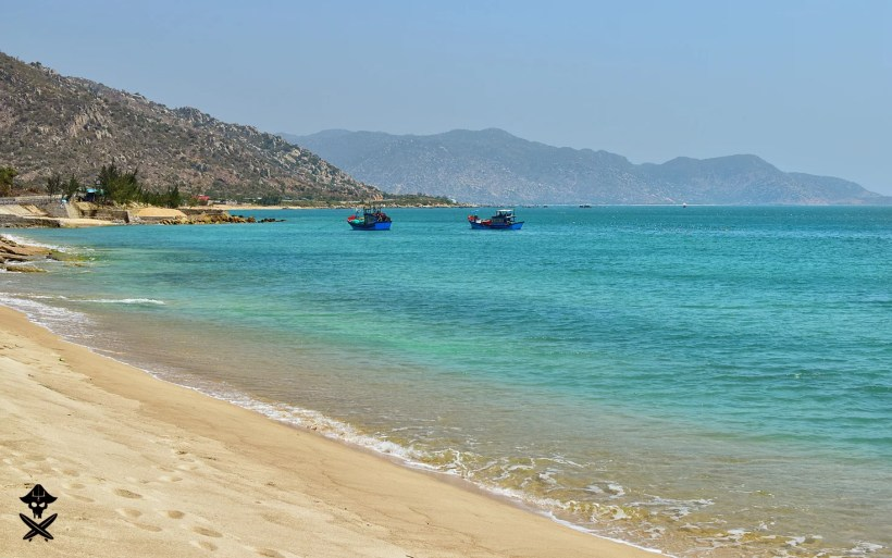 picturesque view at the waters of south east china sea in vietnam somewhere between Mui Ne and Phan Rang
