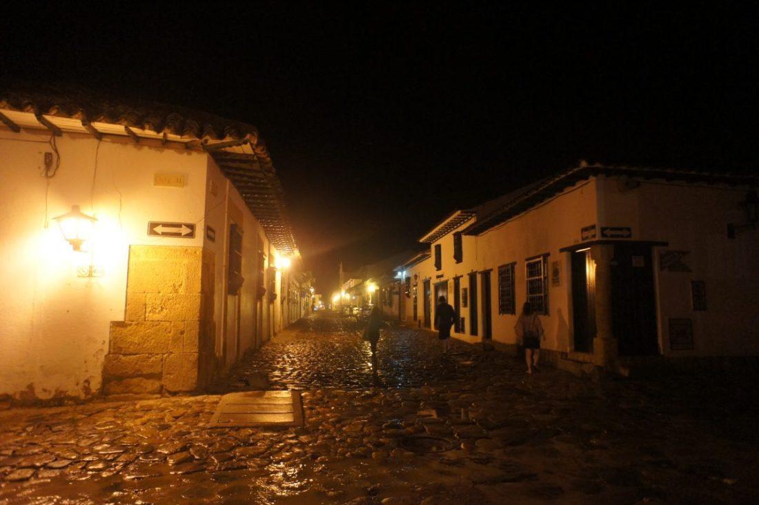 villa de leyva at night