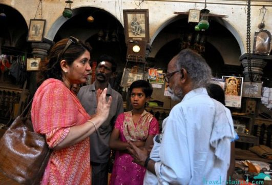 Negotiating with the Raja