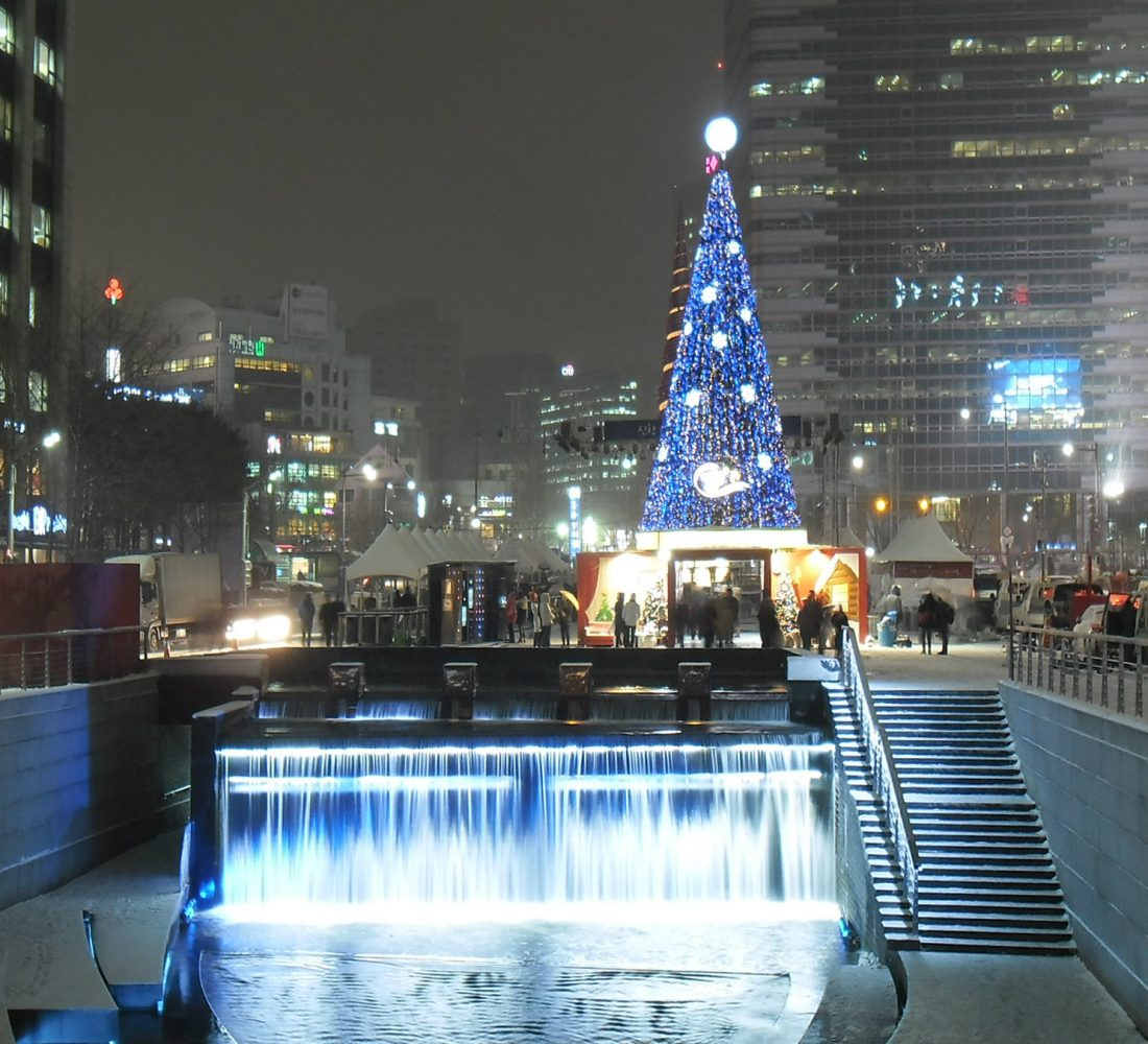 Christmas in Korea at Cheonggyecheon