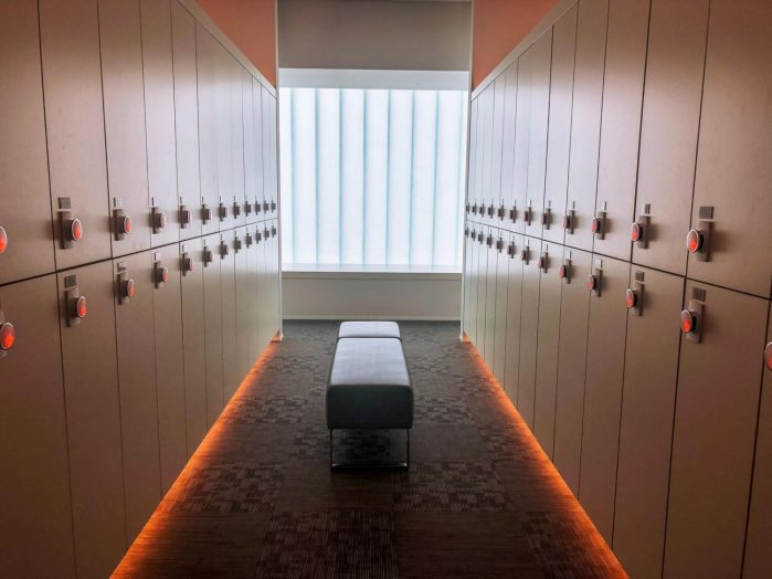 locker room at cimer spa jjimjilbang in incheon