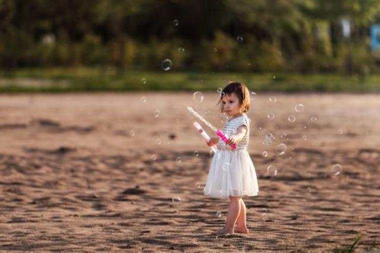 girl at jamsil hangang park