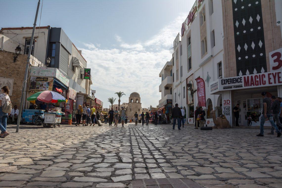 Площадь медины Суса, брусчатка