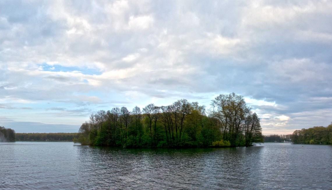 Комсомольское озеро в Парке Победы, Минск