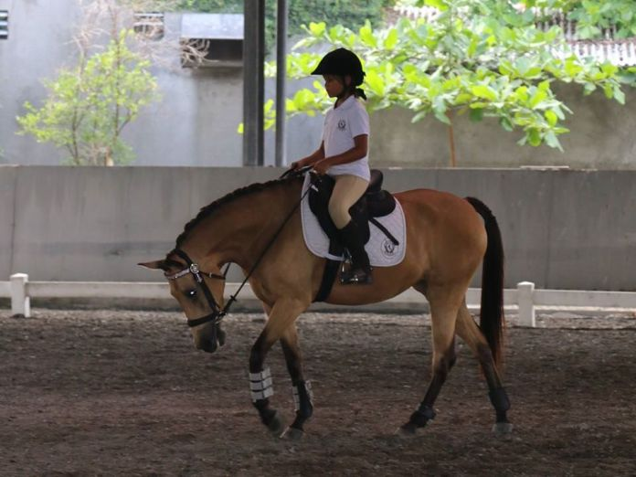 A trip to Bali Equestrian Centre (BEC) is perfect for a day when kids want to out and do an activity while mum and dad relax on the side lines. Image: www.facebook.com/BaliEquestrianCentre