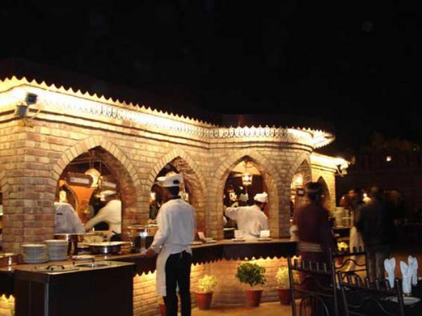 Fast Food Restaurants Karachi