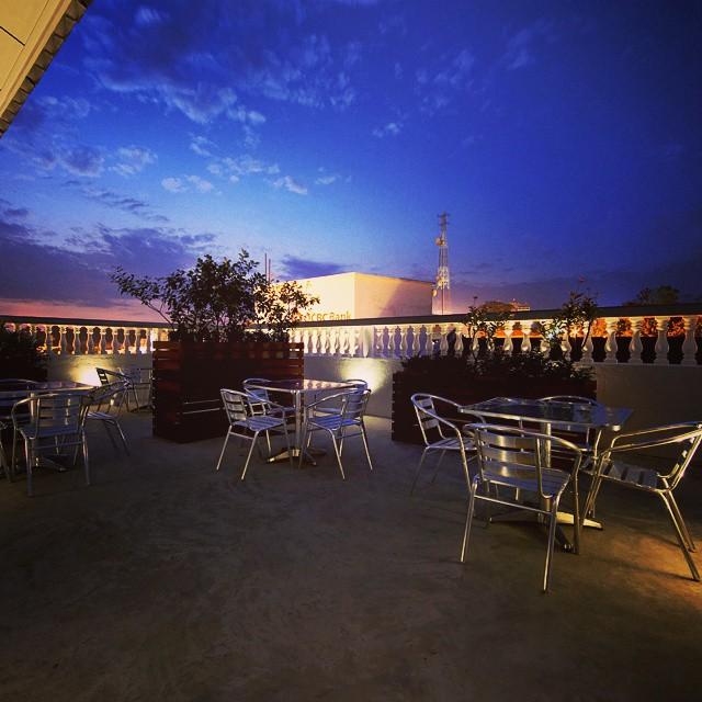 Hangout Hotel - Roof terrace