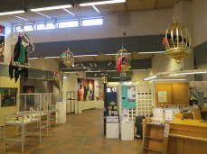 main lobby of the Rättvik public library, with assorted art installations and a sophisticated coffee(&c) automat