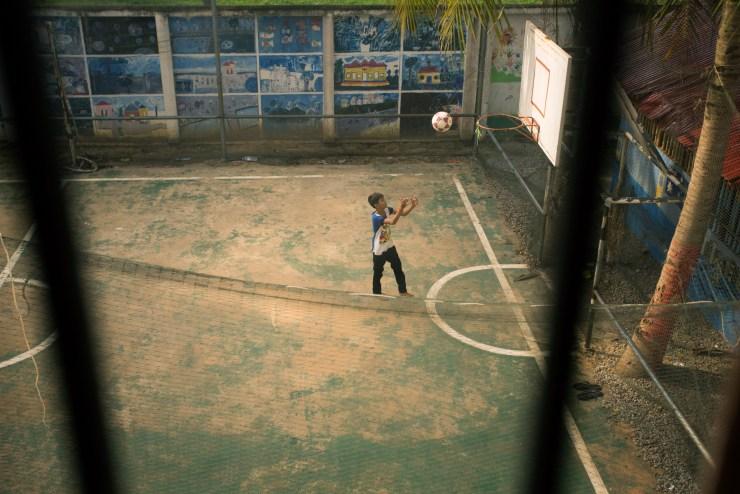 The Giving Lens Cambodia Michael Bonocore 2