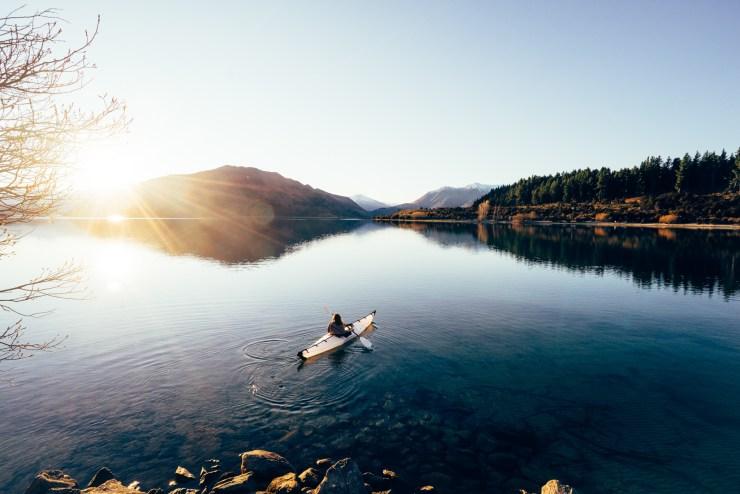 Kayak Lake Wanaka New Zealand 7