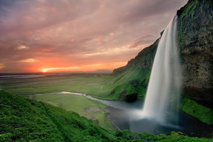 Seljandsfoss-Brian-Rueb-Iceland-Book