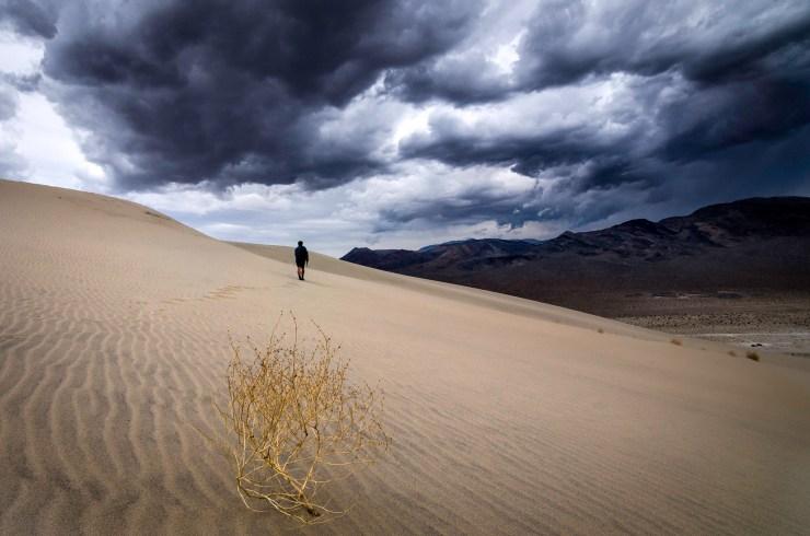 Eureka Dunes - Desert Wanderer