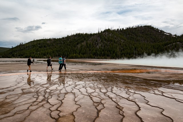 YellowStone People Walk on Grand Prismatic Spring 1