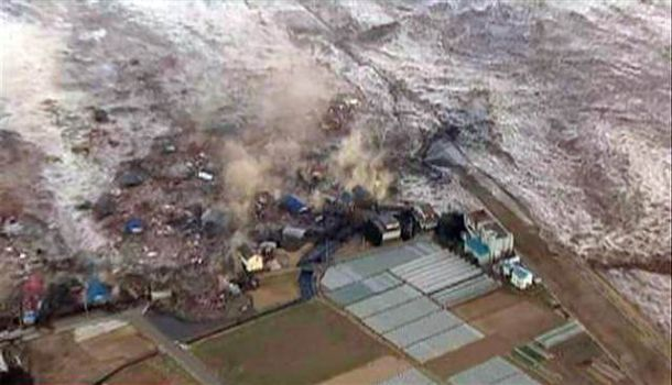 https://i2.wp.com/travel.smart-guide.net/wp-content/uploads/2011/03/Japan-2011-Tsunami.jpg