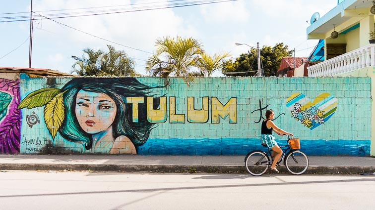 Street art in Tulum