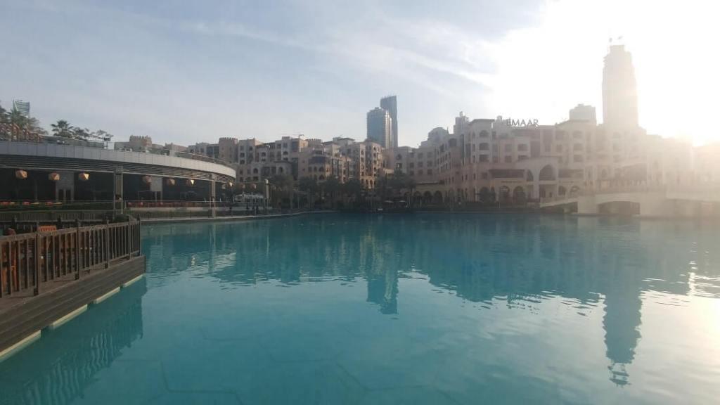 pool, fountain