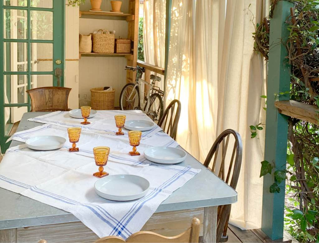 Summer Menus and Mood Setters for Hosting at Home