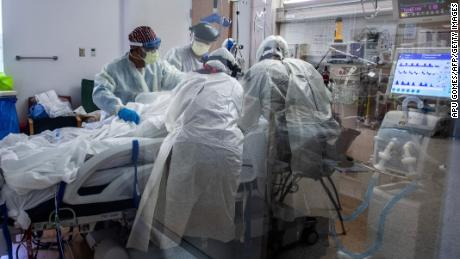 Health officials brace for a surge in US Covid-19 cases after the holidays