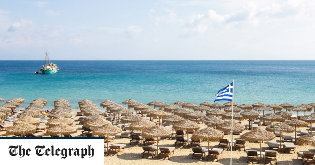 8 great beaches in Mykonos, including the beachfront clubs and restaurants you won't want to miss