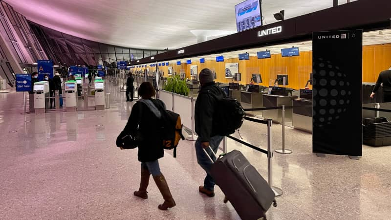 International air travelers are likely to share health information in the future via new apps.