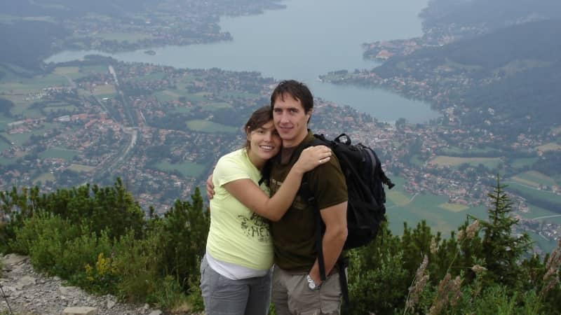 Gianna-and-Sebastian-Byron-Bay (1)