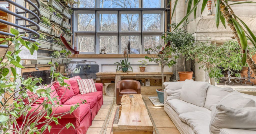 5 perfect rentals for plant lovers