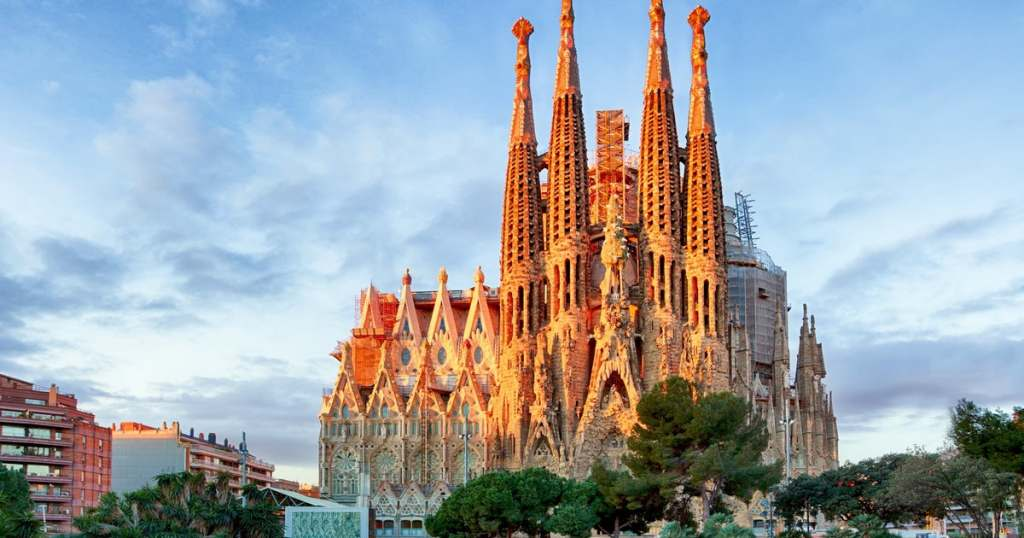 Visiting the Amazing Church in L'Eixample: La Sagrada Familia