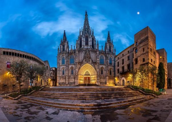 Visiting La Catedral: Cathedral in La Rambla & Barri Gotic