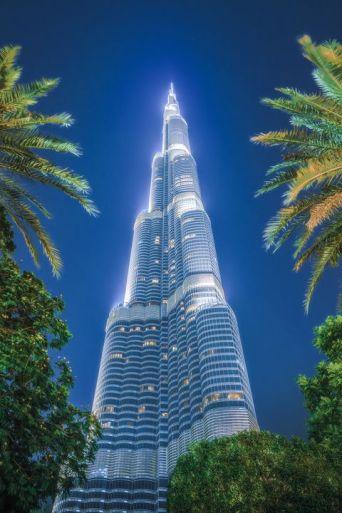 Visiting Burj Khalifa in Dubai